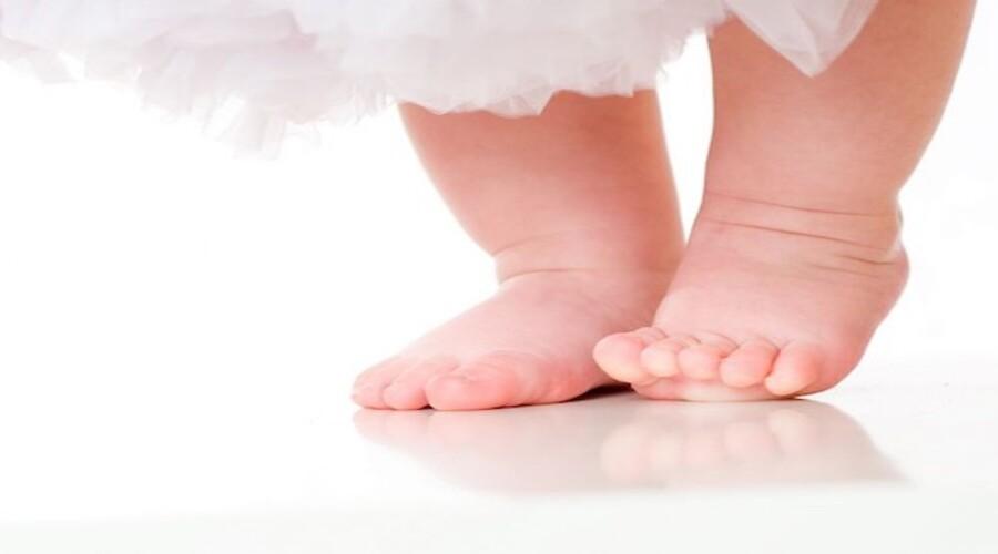 Comment aider son bébé à apprendre à marcher ?