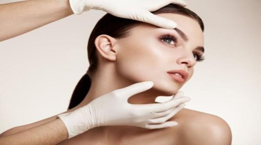 Médecine esthétique: l'elixir miracle qui raffermit le visage