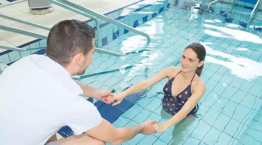 L'aquagym prénatale, un sport pour bien se préparer à l'accouchement