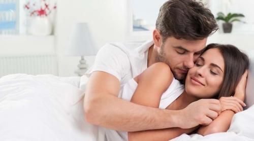 كيف تزيدين من حب و اهتمام زوجك لك